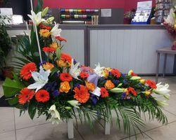 Infiniment Fleurs -  Landerneau - Deuil -  Devant de cercueil en L 3