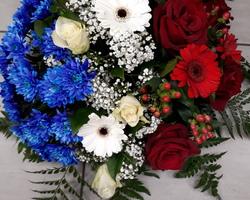 Infiniment Fleurs -  Landerneau - Deuil -  Coussin rond