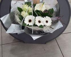 Infiniment Fleurs - Landerneau -Bouquet bulle présenté dans une boite de transport 1