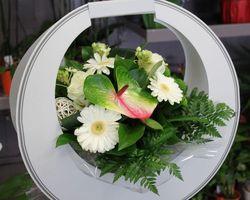 Infiniment Fleurs - Landerneau - Bouquet bulle présenté dans une boite de transport 2