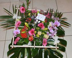 Infiniment Fleurs - Landerneau Bouquet bulle avec structure carré